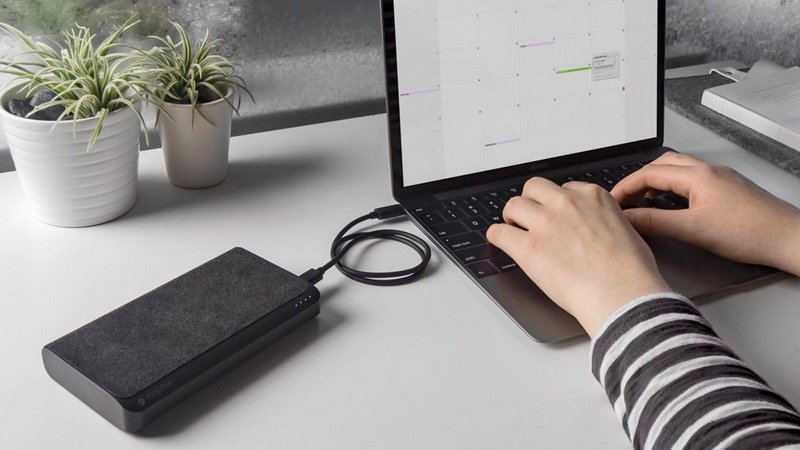How to charge a laptop without a charger