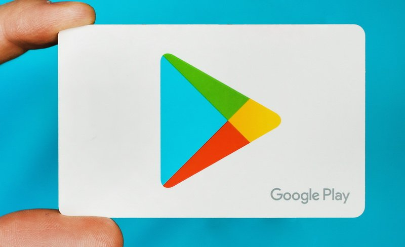 How to remove credit card from google play