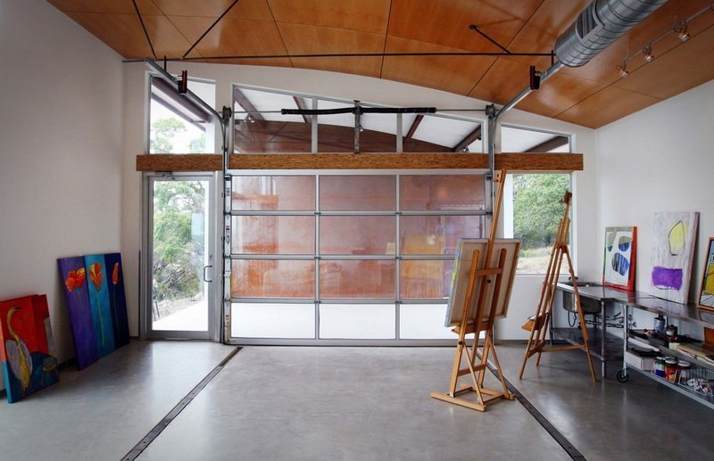 Art workshop garage